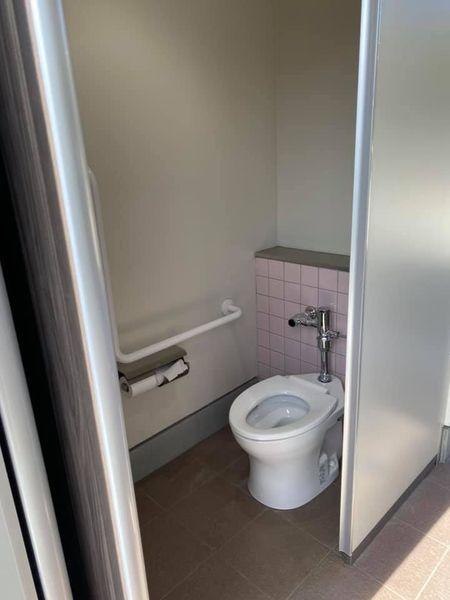 片平公園のトイレ